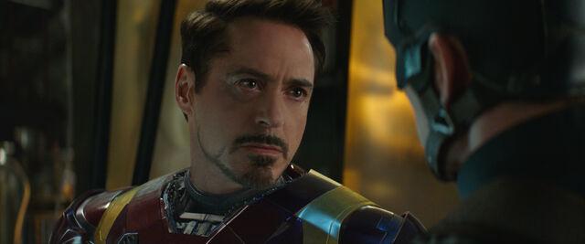 File:Captain America Civil War 201.jpg