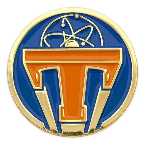 File:Tomorrowland PIn.jpg
