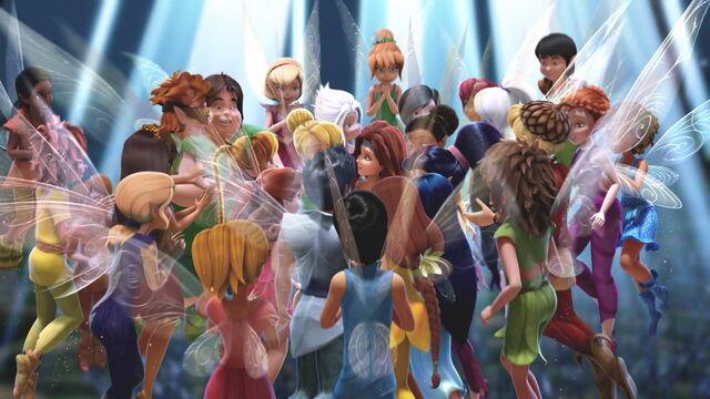 File:Pirate-fairy-disneyscreencaps.com-8108.jpg