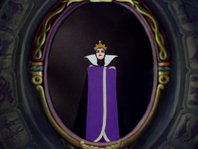File:Queenmirror.jpg