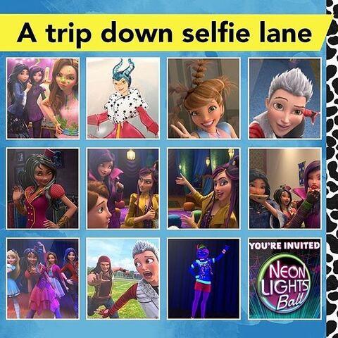 File:A trip down selfie lane.jpg