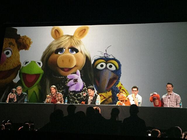 File:Muppets-Panel.jpg