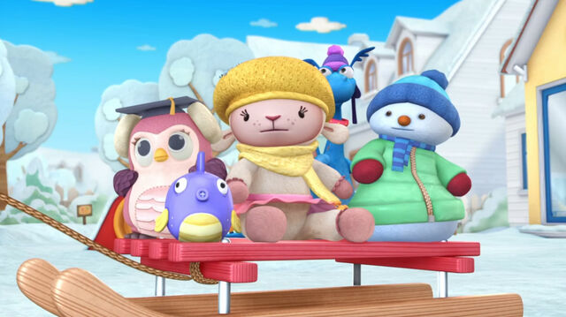 File:Toys on the sled.jpg