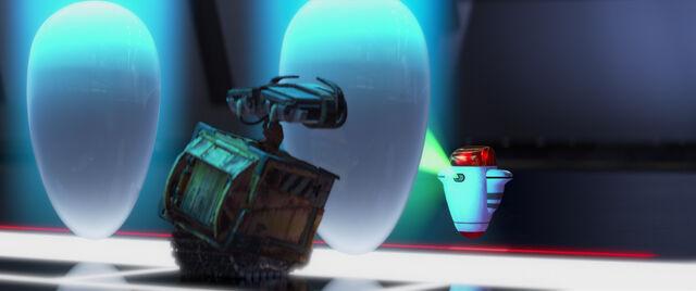 File:WALL-E-347.jpg