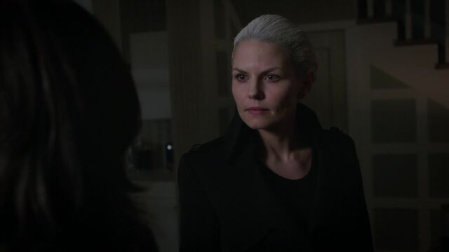 File:Once Upon a Time - 5x02 - The Price - Emma.jpg