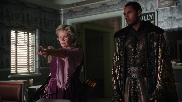 File:Once Upon a Time - 5x08 - Birth - Merlin Appears.jpg
