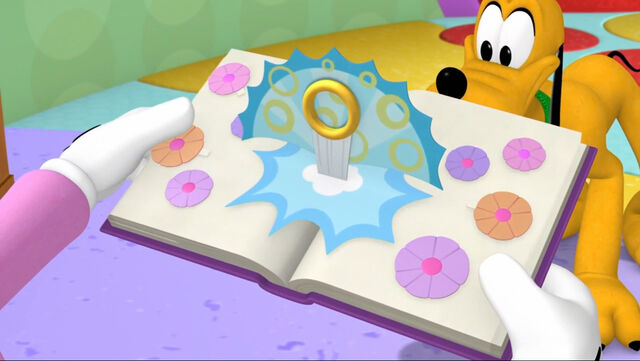 File:Pop out book mickey mouse clubhouse.jpg