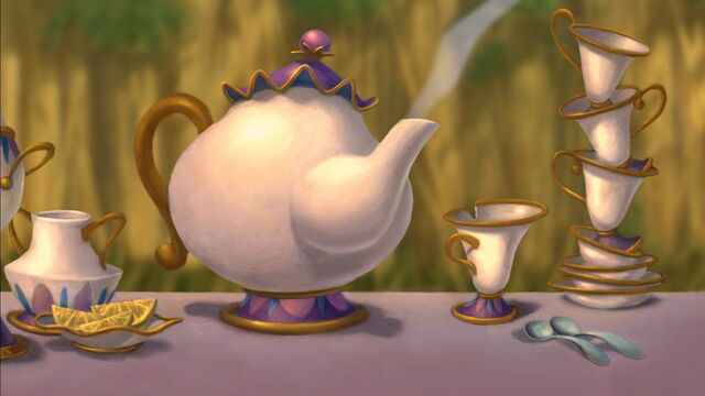 File:Mrs. Potts-cameo-(Tarzan).jpg