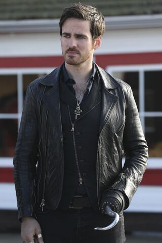 File:Once Upon a Time - 6x07 - Heartless - Promotional Images - Hook.jpg