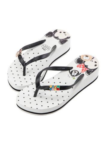 File:Mickey and Minnie Tsum Tsum Sandals.jpg