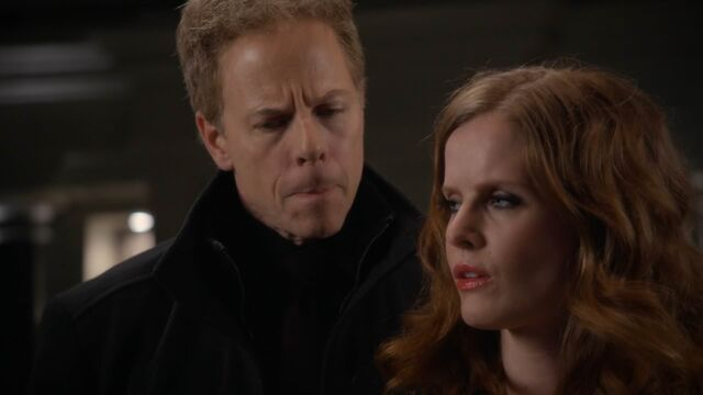 File:Once Upon a Time - 5x21 - Last Rites - Hades and Zelena 2.jpg