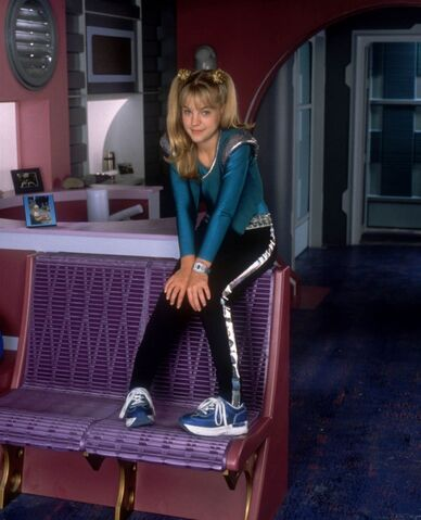 File:Zenon-girl-of-the-21st-century-1999-tv-01-1-g.jpg
