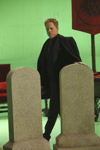 File:OUAT Season 5 Episode 13 40.jpg