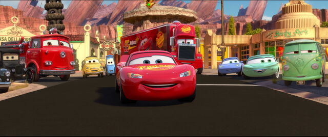File:Cars2-disneyscreencaps.com-1003.jpg