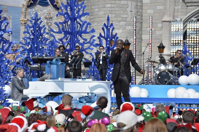 File:2015 Disney Parks Unforgettable Christmas Celebration 10.jpg