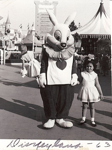 File:Disneyland photo white rabbit 1963.jpg