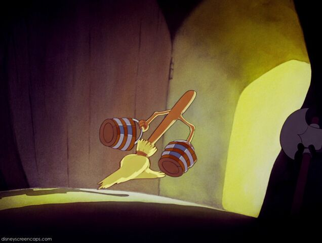 File:Fantasia-disneyscreencaps com-2462.jpg