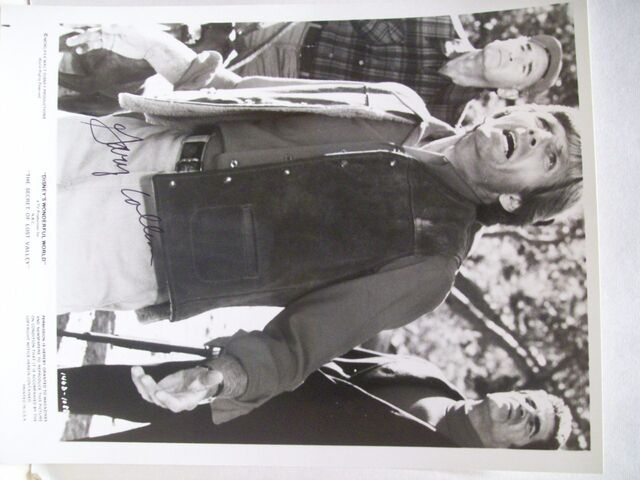 File:Collins-gary-photo-signed-autograph-the-secret-of-lost-valley-1980-13.jpg