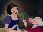 Snow-white-disneyscreencaps.com-9546