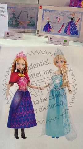 File:Anna and Elsa dolls.jpg