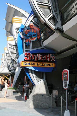 File:Stitch's Great Escape at Magic Kingdom.jpg