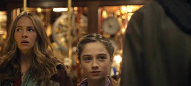 File:Tomorrowland (film) 17.png