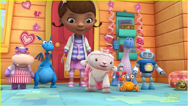File:Doc-mcstuffins-day-without-cuddles-02.jpg
