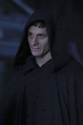 File:Once Upon a Time - 6x11 - Tougher Than the Rest - Photography - Gideon.jpg