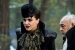 Once Upon a Time - 6x14 - Page 23 - Photography - Evil Queen