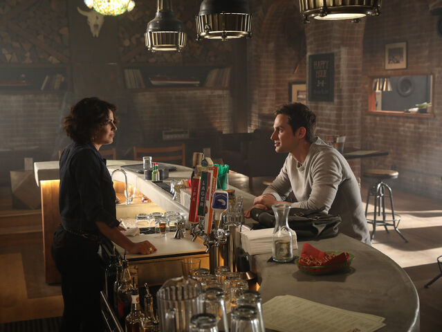 File:Once Upon a Time - 7x01 - Hyperion Heights - Photogrpahy - Regina and Henry.jpg