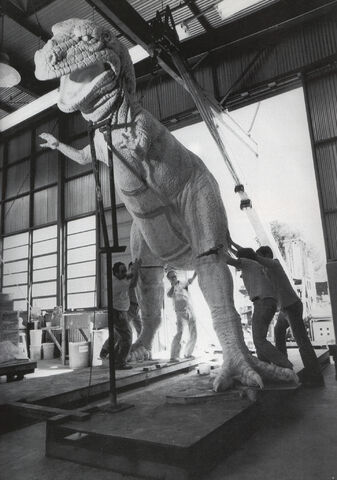 File:Imagineers assembling the T. Rex from World of Energy.jpg