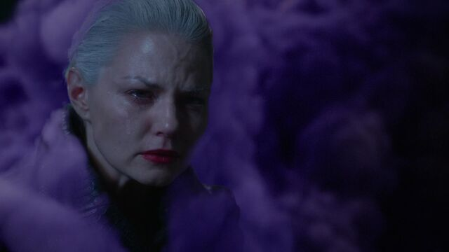 File:Once Upon a Time - 5x10 - Broken Heart - Dark Swan and Dark Curse.jpg
