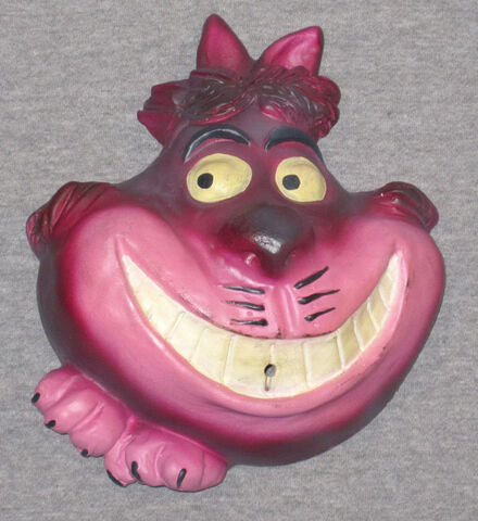 File:String holder 406 cheshire cat 640.jpg