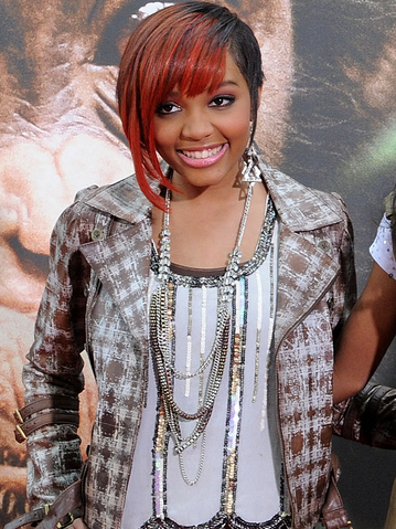 File:Lauryn McClain.png