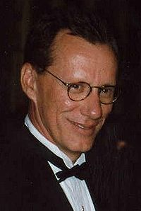 File:James woods 1995 emmy awards.jpg