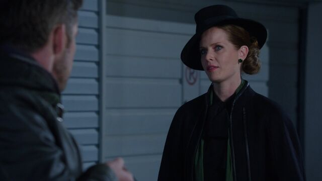File:Once Upon a Time - 5x11 - Swan Song - Zelena.jpg