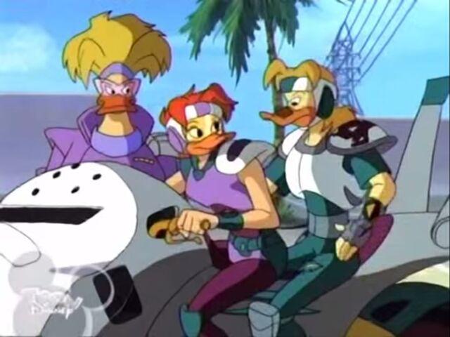 File:Buzz Blitzman Mighty Duck (7).jpg
