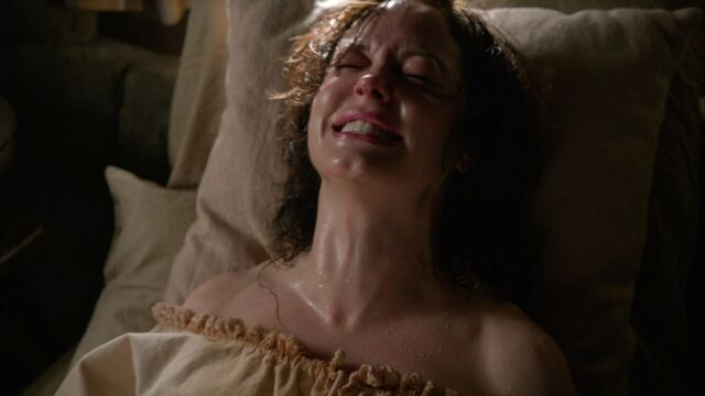 File:Once Upon a Time - 3x18 - Bleeding Through - Cora Gives Birth.jpg