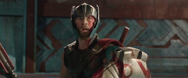 File:Thor Ragnarok 37.jpg