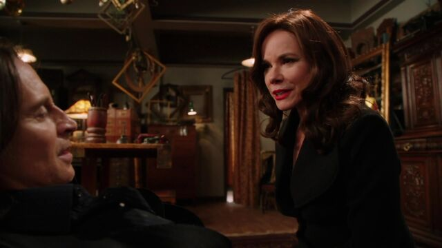 File:Once Upon a Time - 2x16 - The Miller's Daughter - Cora and Gold.jpg