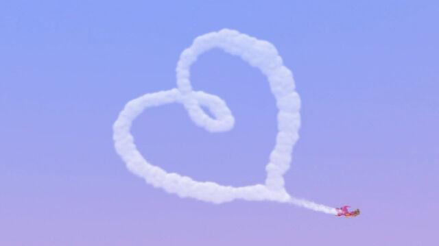 File:Cloud shaped like a heart.jpg