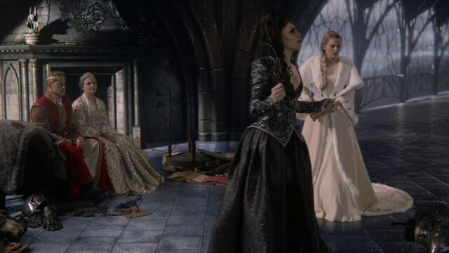 File:Once Upon a Time - 6x10 - Wish You Were Here - David, Snow, Evil Queen and Emma.jpg