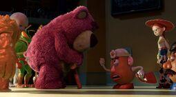Lotso-mr-and mrs-potato head