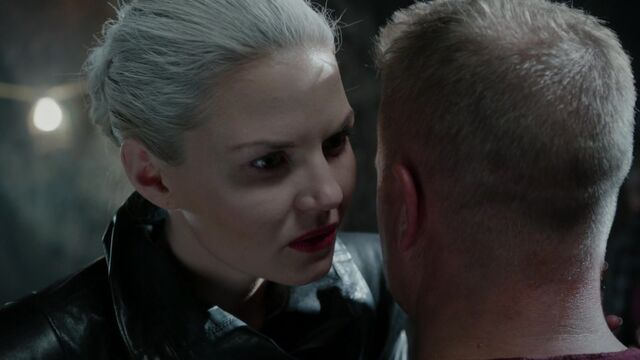 File:Once Upon a Time - 5x03 - Siege Perilous - Emma and Happy.jpg