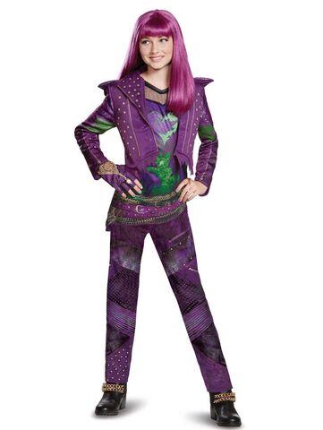 File:Descendants 2 - Mal costume.jpg