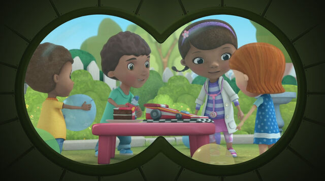 File:Doc, donny and friends through the binoculars.jpg