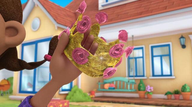 File:Rose crown.jpg