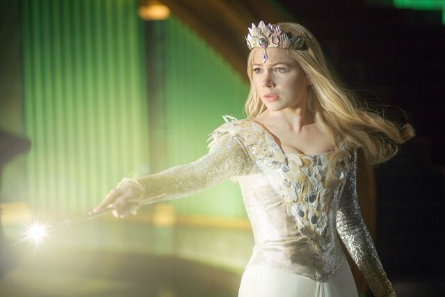 File:Oz the Great and Powerful 05.jpg