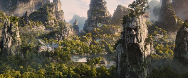 File:Maleficent Screenshots 9.jpg