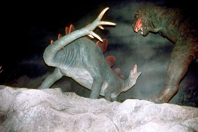 File:NF-112S Dinosaurs in Mortal Combat Seen on Ford Magic Ride.jpg